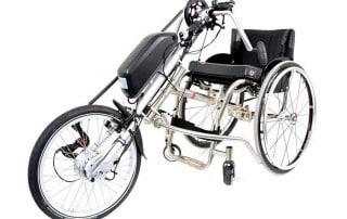Tracker aankoppelbare handbike met ondersteuning