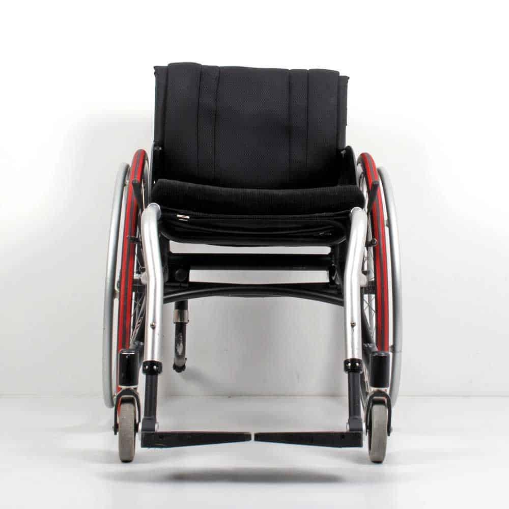 Wolturnus Dalton High Performance ADl rolstoel voor aanzicht